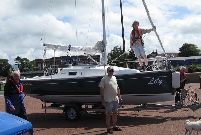 Ideal sailing yacht for adult beginners - Jeanneau Sun 2000